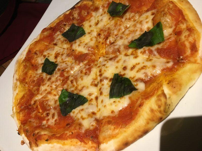 Umah Pizza@ウブド・ジャランビスマ!